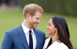 Royal Wedding 2018 Time.Royal Wedding 2018 Live Meghan Markle Stuns With Beautiful Dress